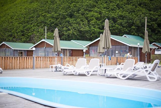 Beheizter Swimmingpool eines Campingplatzes als Beispiel für eine Flüssiggas-Anwendung.