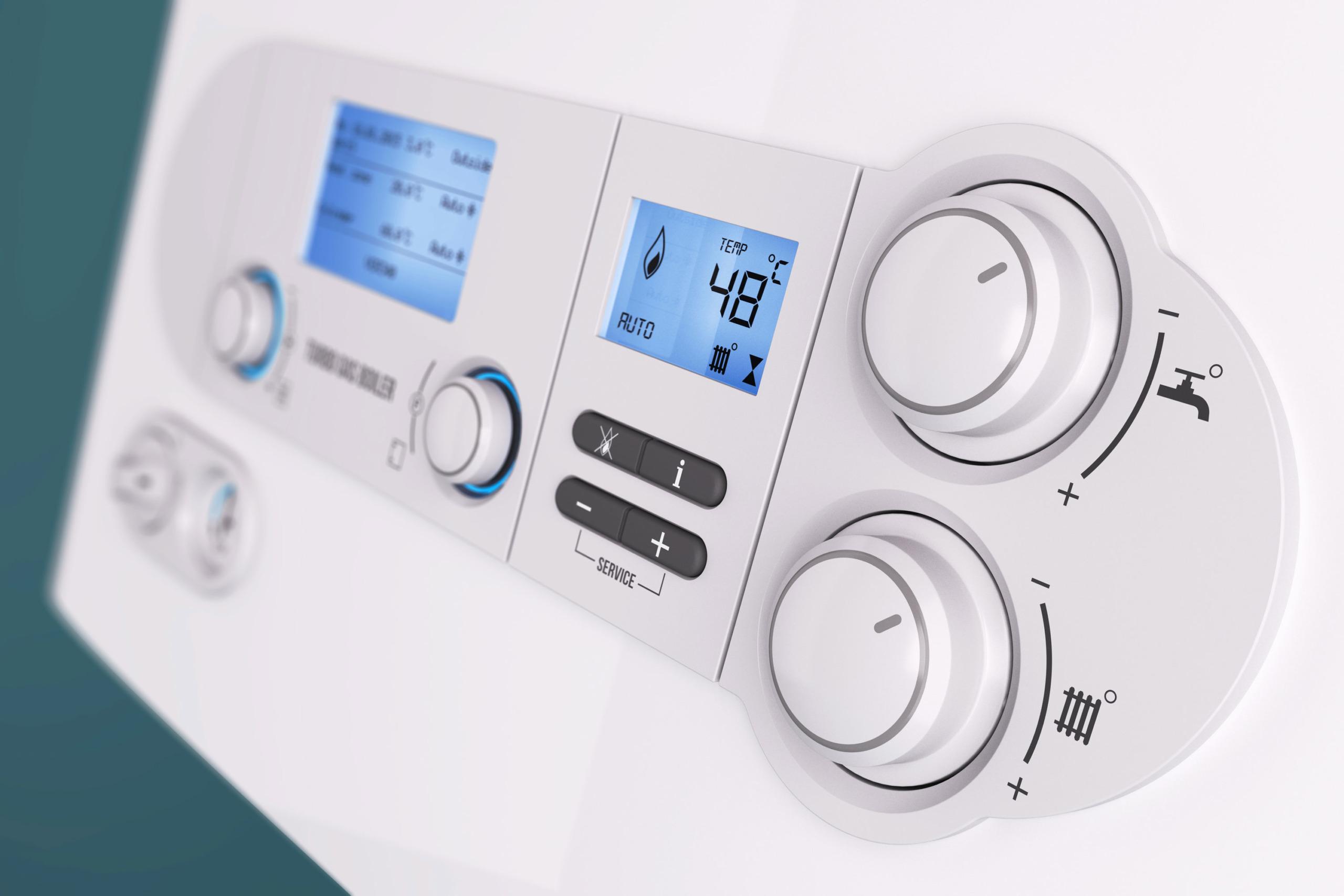 Smarthome-Bedienfeld für die Steuerung von Wasser- und Heiztemperatur.