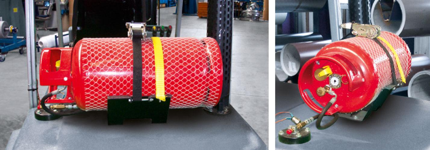 Mobile Treibgas-Tanks, montiert an einem Gabelstapler.